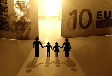 Detrazioni per familiari a carico: le regole – Dal coniuge e i figli ai nonni e i nipoti. Chi sono i familiari fiscalmente a carico e che sconto Irpef producono. Le novità della Legge di stabilità 2013