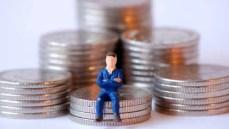 Lavoro, salario minimo divide maggioranza e sindacati. L'ipotesi