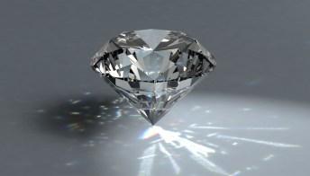 Trasformare le ceneri dei propri cari in diamanti, il nuovo business
