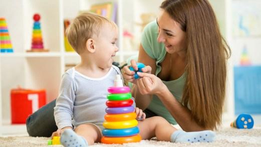 Voucher baby sitter, 600 euro per i genitori che lavorano