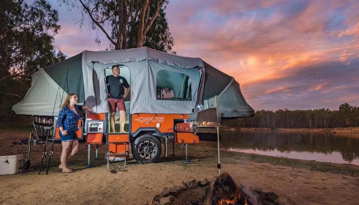 La tenda gonfiabile che si trasforma in un camper in soli 90 secondi