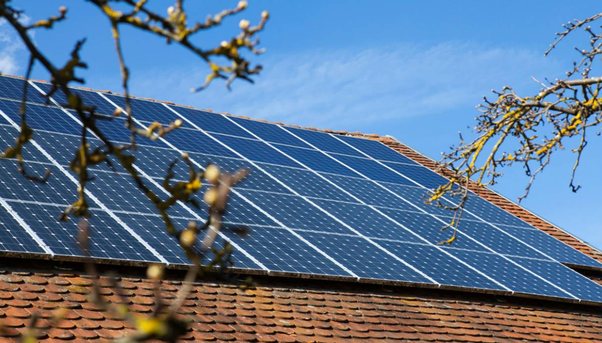 Pannelli Solari Termici Da Balcone pannelli solari: quanto costa un impianto a uso domestico