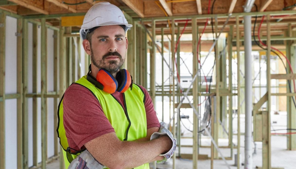 Carpentieri Edili In Svizzera quanto guadagna un operaio edile | quifinanza