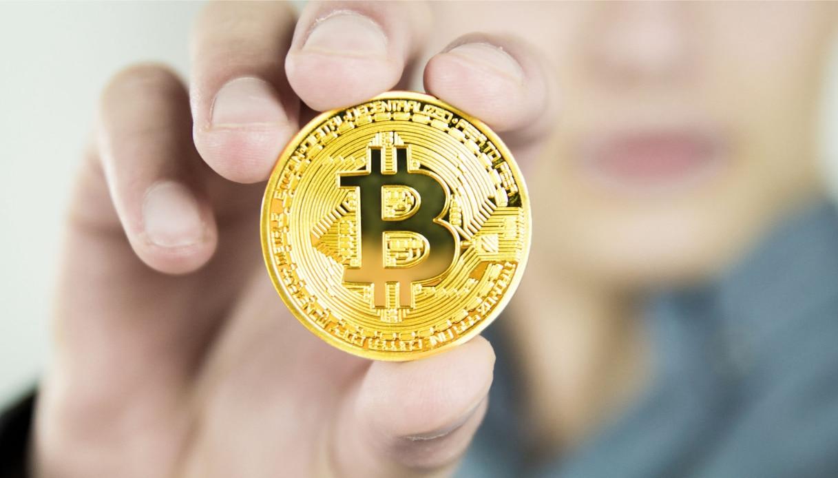 cosa sta succedendo con denaro contante bitcoin