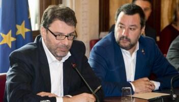Green Pass per tutti i lavoratori e obbligo vaccinale: Giorgetti conferma