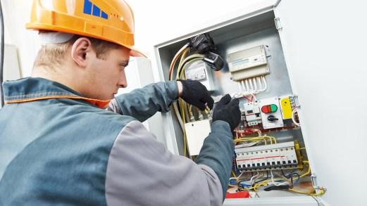 Bonus impianti elettrici al via dal 2020: fino a 1.200 euro di rimborsi