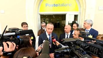 PosteMobile down, problemi in tutta Italia: non funzionano telefonate, internet e WhatsApp