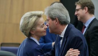 Recovery, Gentiloni si smarca: avanti anche senza Polonia e Ungheria