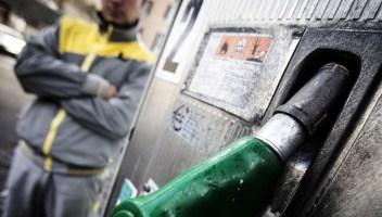 Sciopero benzinai: distributori chiusi dal 14 al 17 dicembre