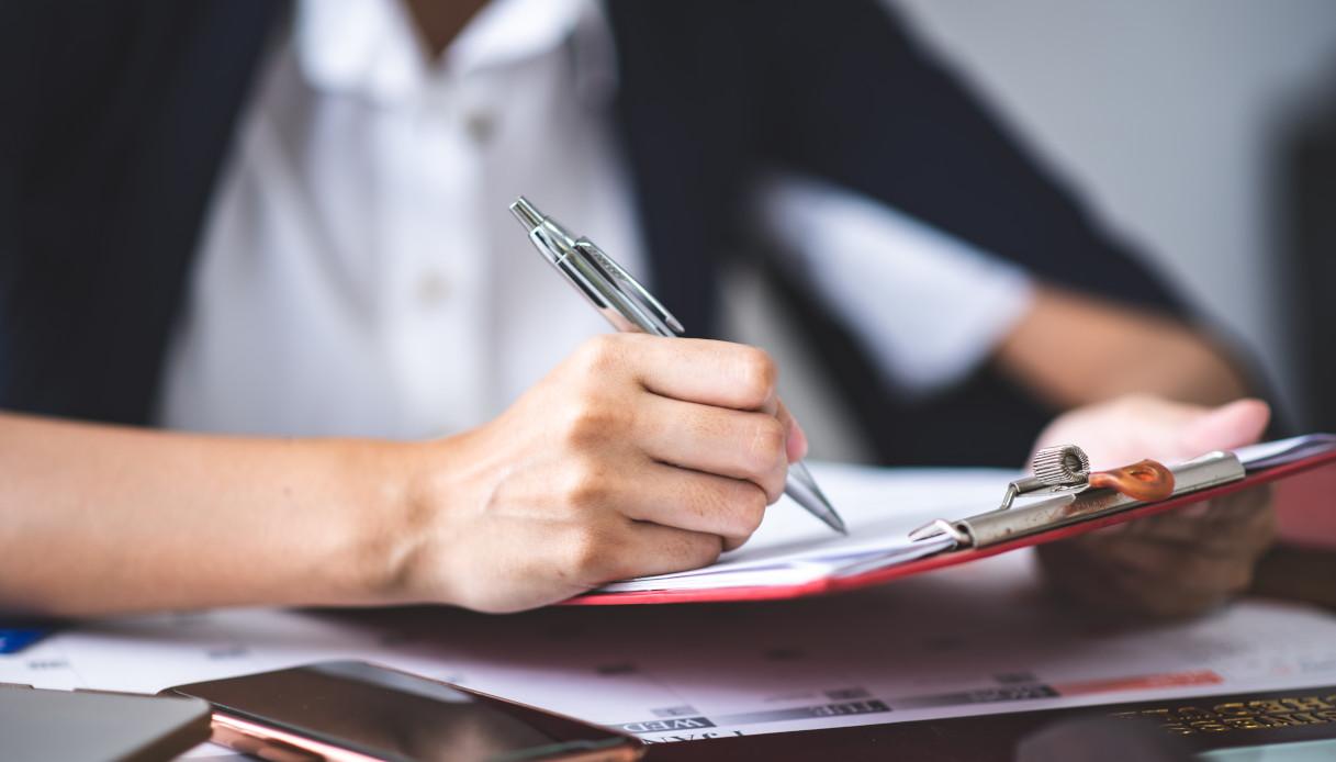 Come ottenere il permesso di soggiorno per lavoro | QuiFinanza