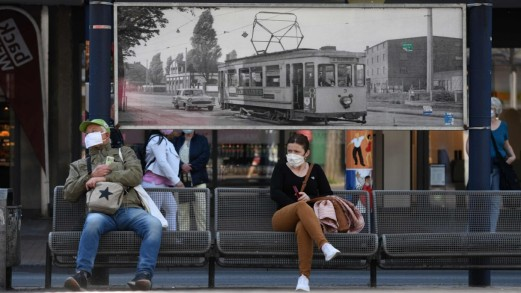 Come ci dobbiamo comportare sui mezzi pubblici