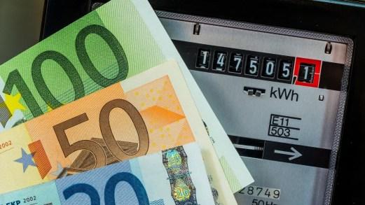 Decreto Rilancio, sconto sulle bollette elettriche per imprese e autonomi