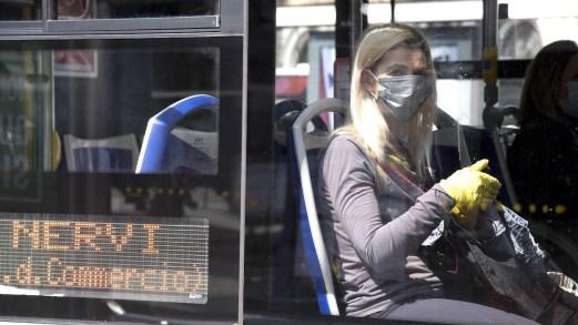 Fase 2, rimborso abbonamento mezzi ai pendolari pre-Covid: l'ipotesi del Governo