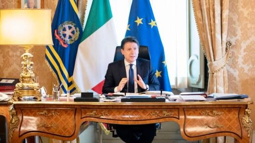 Accordo Governo-Regioni, le linee guida per le riaperture dal 18 maggio