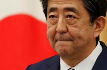 Fukushima, il Giappone ha deciso: l'acqua contaminata finirà in mare