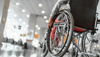 Pensioni di invalidità, aumento e pagamenti in arrivo a fine ottobre