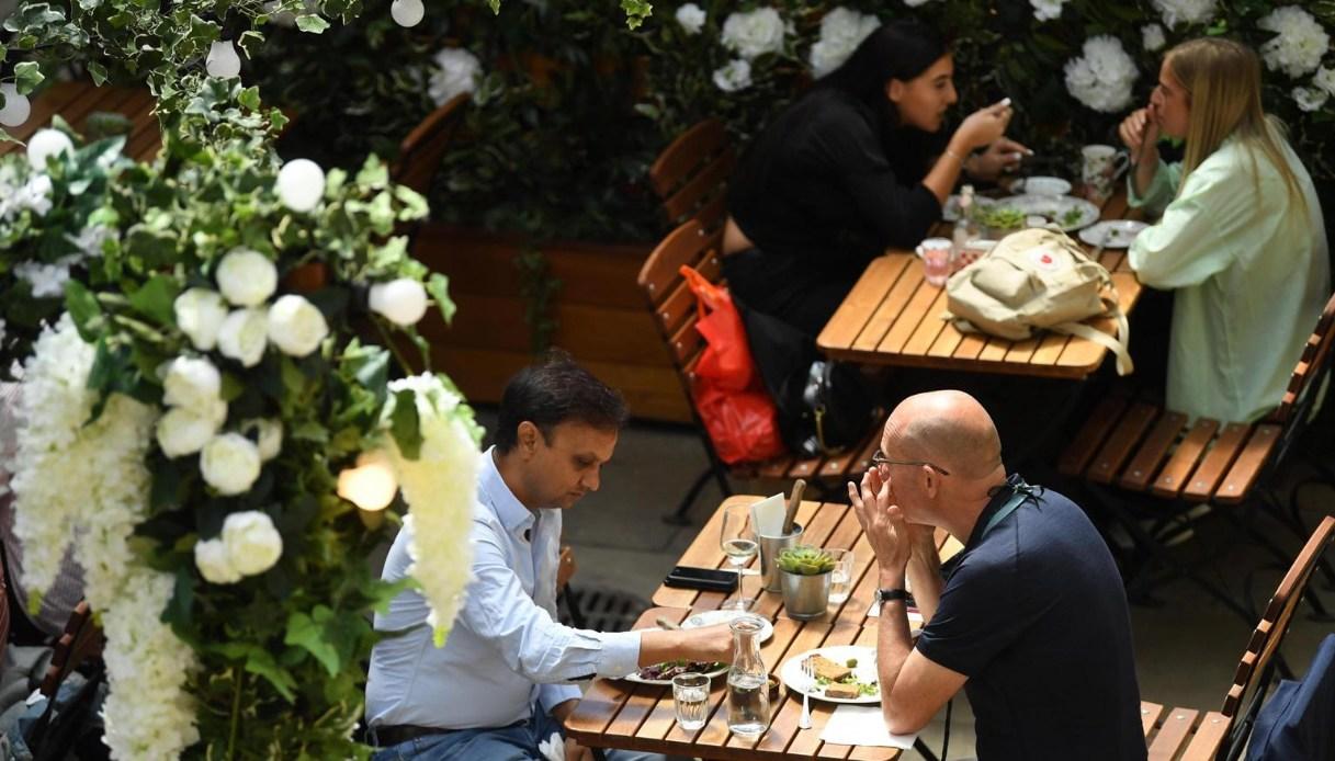 Decreto di agosto, notizie sui bonus: uno sconto del 20% arriva al ristorante