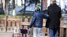 """Nuovo Dpcm, la """"beffa"""" per i ragazzi fino a 14 anni: al parco solo se accompagnati"""
