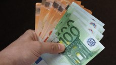 Ristori quater, a chi vanno i bonus da 1.000 e 800 euro di dicembre