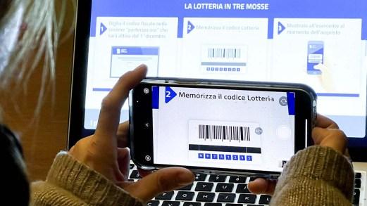 Lotteria degli scontrini: quando inizia, come si partecipa e quanto si vince