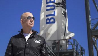 Quanto costa andare nello spazio con Jeff Bezos: il biglietto all'asta