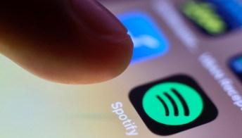 """Spotify, due nuove funzioni """"Solo tu"""" e """"Blend"""": a cosa servono"""