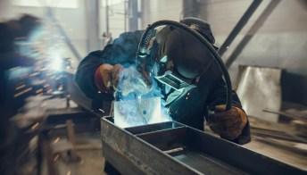Istat, l'andamento dell'industria a luglio: in arrivo nuove assunzioni?