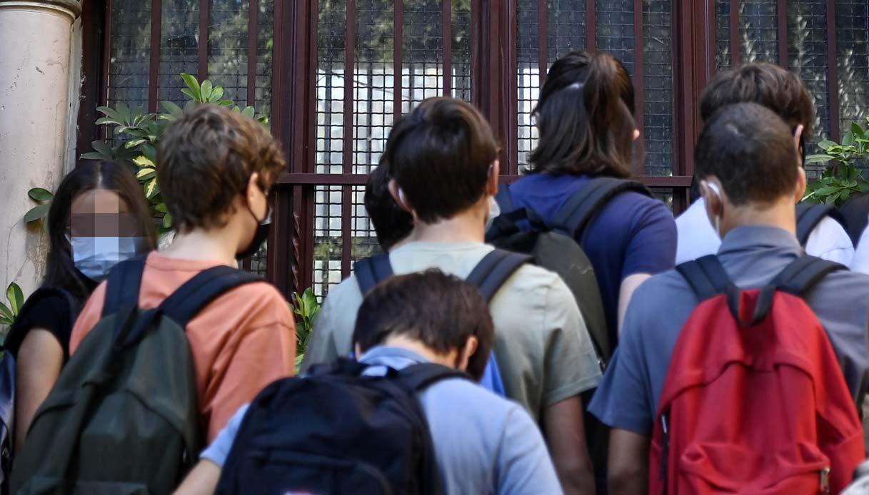 Covid, contagi a scuola: cosa sono le micro bolle per evitare la quarantena