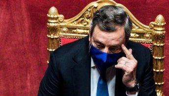 Reddito di cittadinanza, Draghi non lo elimina ma lo cambia